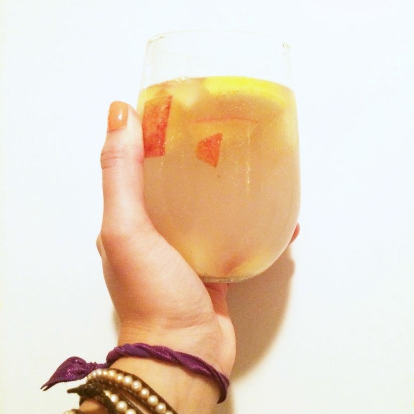 White Peach & Lemon Sangria