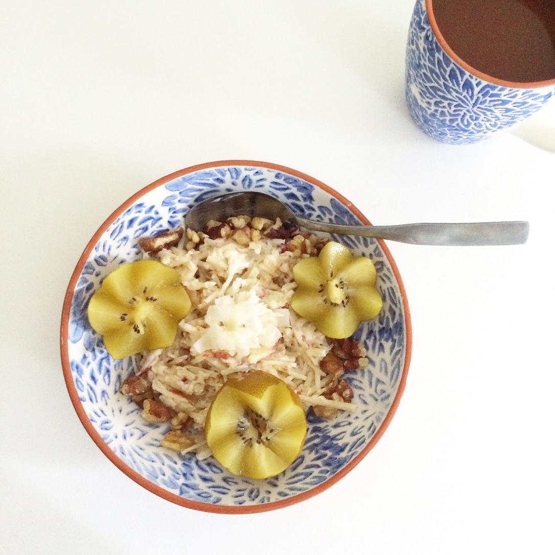 Swiss Muesli: Golden Kiwi, Coconut & Walnuts